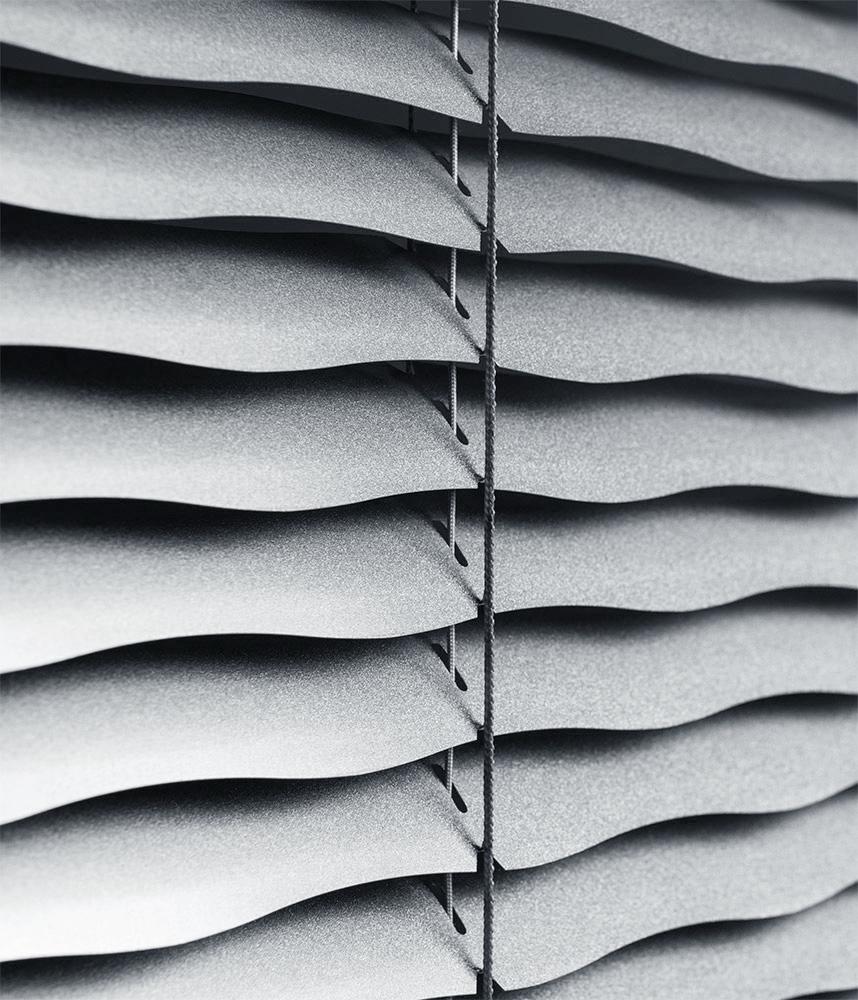 Горизонтальные жалюзи волна